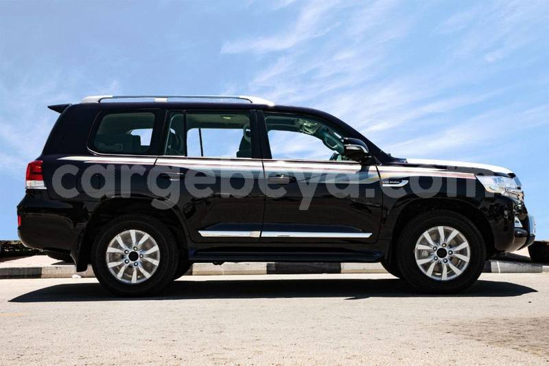 Big with watermark toyota land cruiser ethiopia import dubai 8618