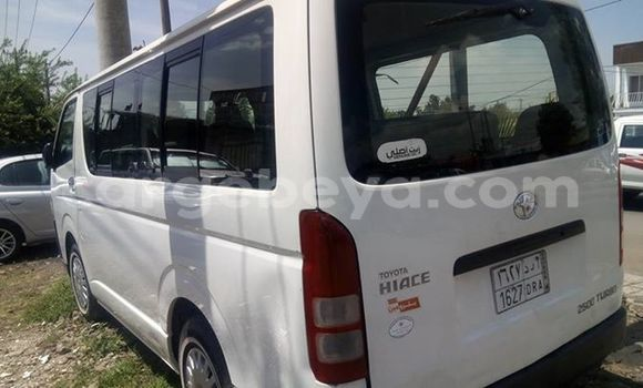Buy Used Toyota Hiace White Car in Addis–Ababa in Ethiopia