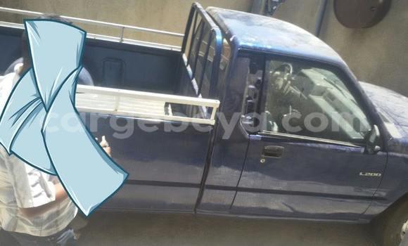 Buy Used Mitsubishi L200 Blue Car in Addis–Ababa in Ethiopia