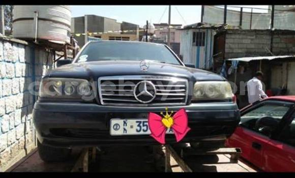 Buy Used Mercedes‒Benz C–Class Blue Car in Addis–Ababa in Ethiopia