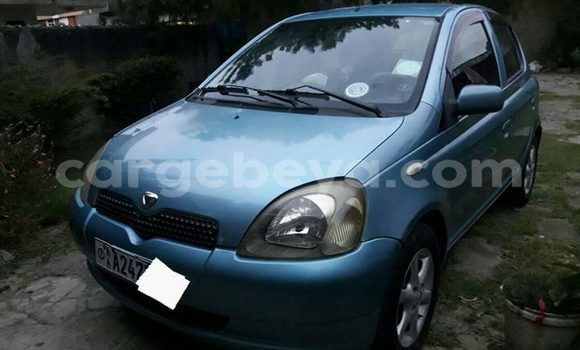 Buy Imported Toyota Vitz Blue Car in Addis–Ababa in Ethiopia