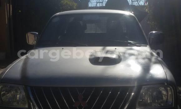 Buy Used Mitsubishi L200 Silver Car in Addis–Ababa in Ethiopia