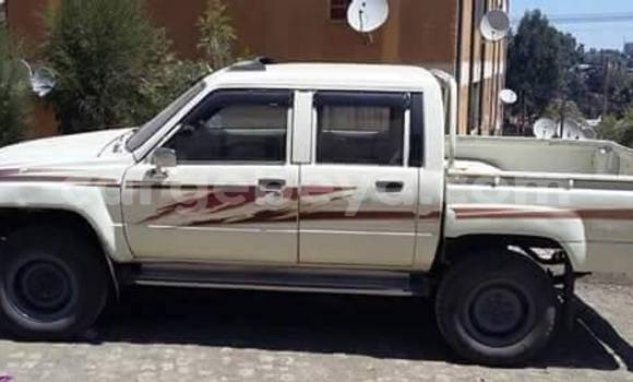 Acheter Occasion Voiture Toyota Hilux Noir à Addis Ababa, Ethiopie